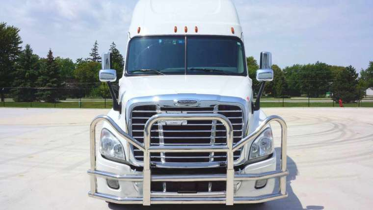 Tips For Keeping Semi Truck Lights Ontario, CA in Check